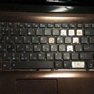 Не работает клавиатура на ноутбуке. Ищем причину.