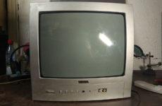 """Ремонт телевизора Vestel 1445 c неисправностью """"Не включается"""""""